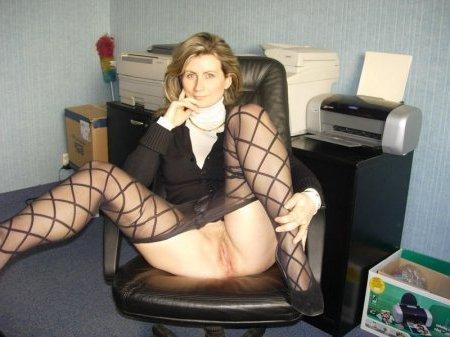 Naturgeile Sekretärin privat ficken